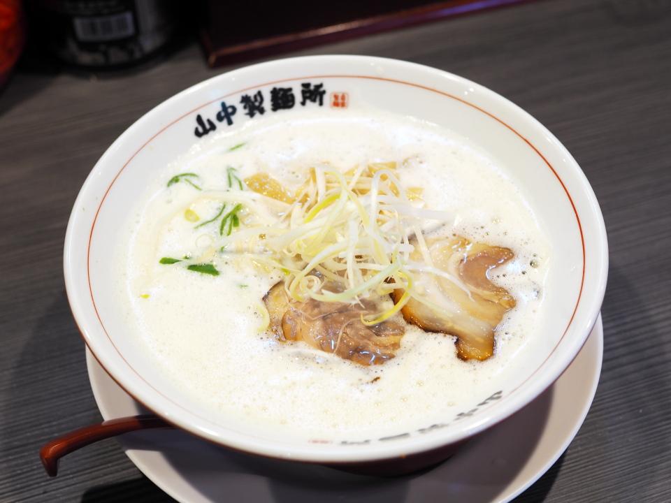 鶏豚白湯らーめん@やまなか製麺所