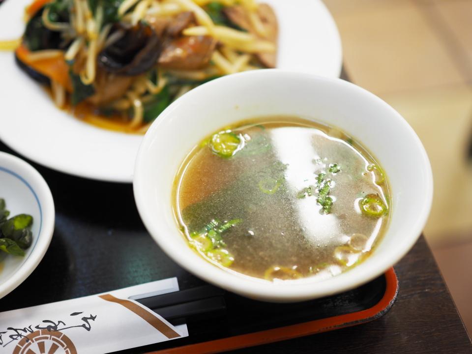 サービス定食のスープ@香港風中華料理・好再来