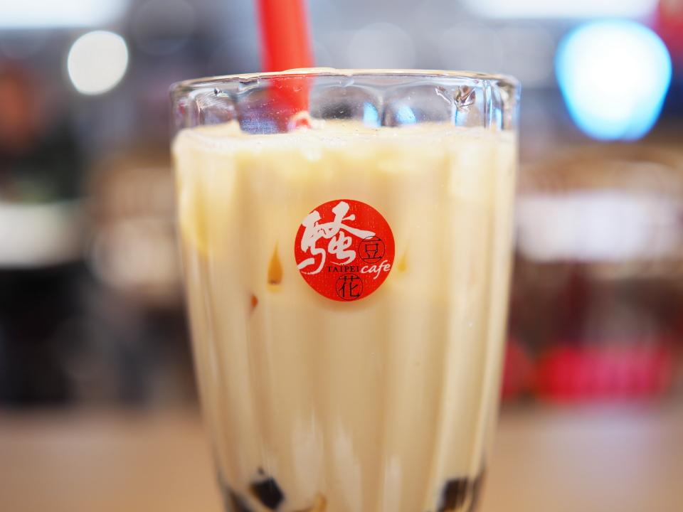 タピオカミルクティ(珍珠奶茶)@騒豆花(サオドウファ)