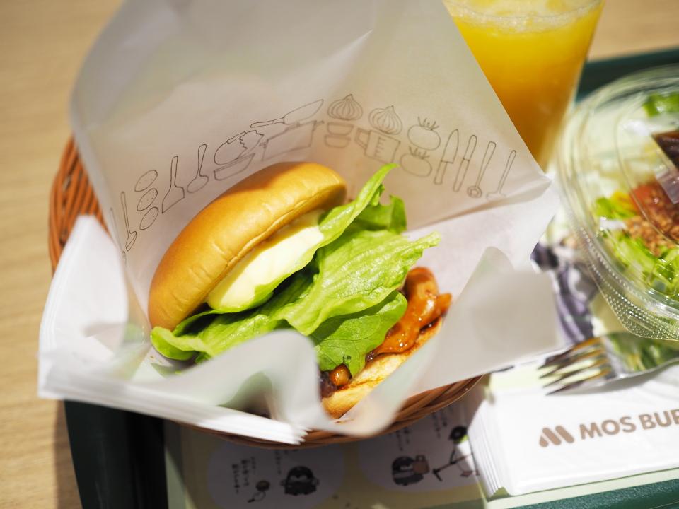 モスバーガーのテリヤキチキンバーガーの値段