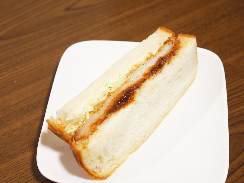 ぷてぃぼぬーるのソースカツのサンドイッチ