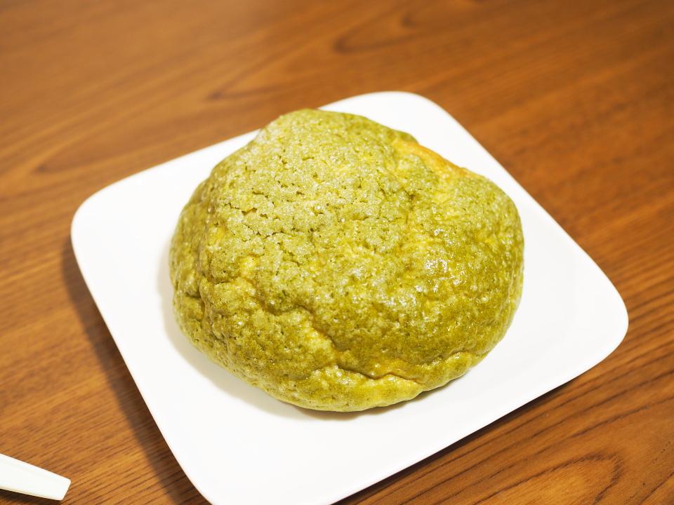 緑橋のパン屋・フローラの宇治抹茶メロンパン