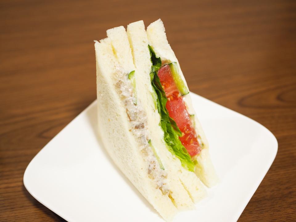 緑橋のパン屋・千寿堂のごぼうサラダサンド