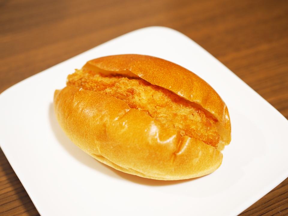 緑橋のパン屋・千寿堂の小腹バーガー