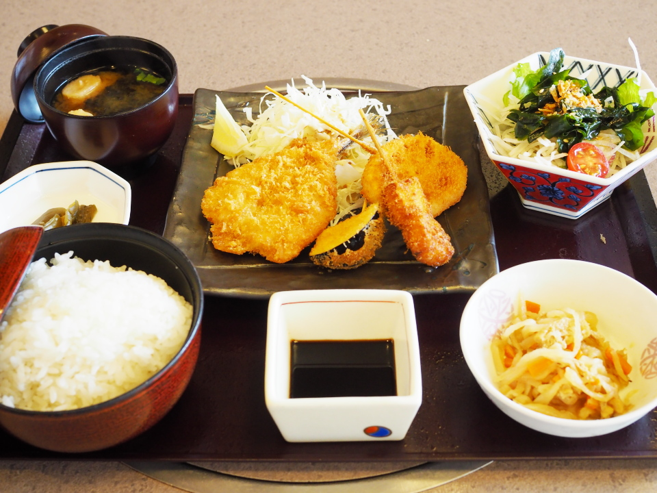 かごの屋の昼膳・アジフライと串揚げ3種盛合せ