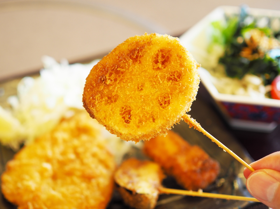 かごの屋の昼膳・串揚げ3種盛合せはレンコン