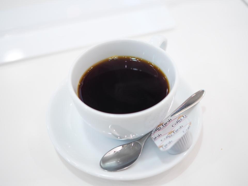 コーヒースタンド・ハマヤ・京阪百貨店すみのどう店のブレンドコーヒー
