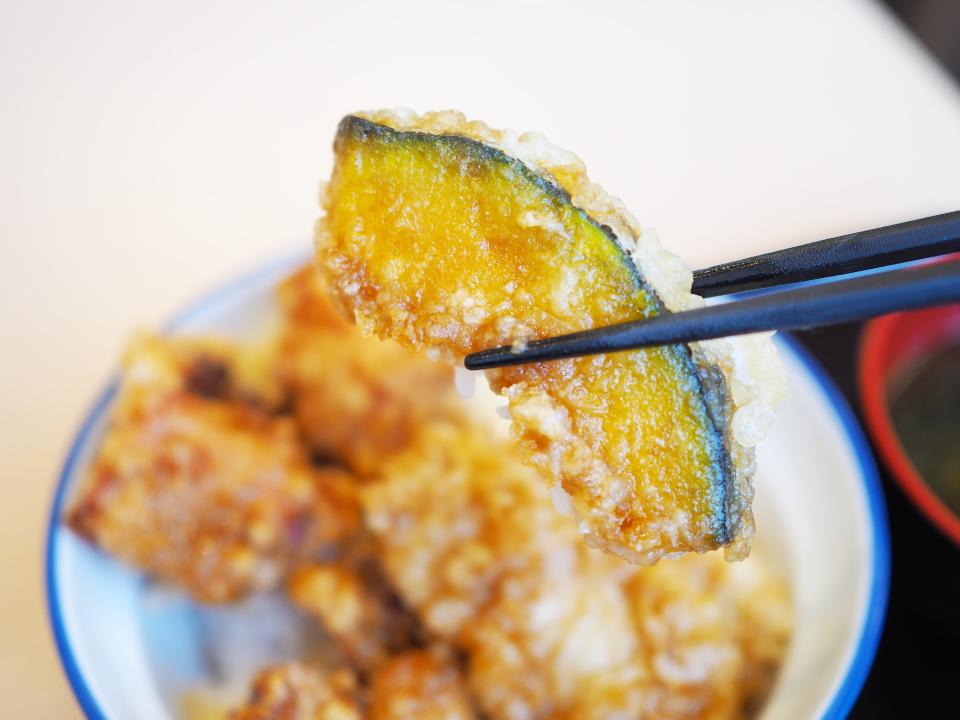さん天の鶏唐×鶏天丼のかぼちゃ