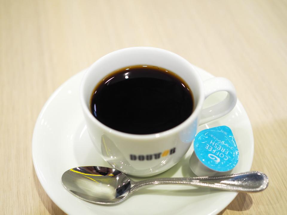 ドトールコーヒーショップのブレンドコーヒーS
