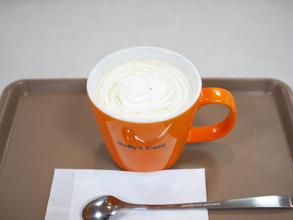 ホリーズカフェ・ライフ今里店のウィンナーコーヒー