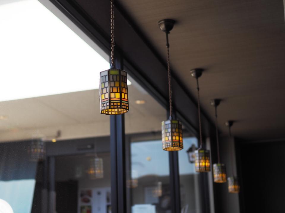 倉式珈琲店・大阪鶴見店のへのアクセスは大阪メトロ鶴見緑地駅より