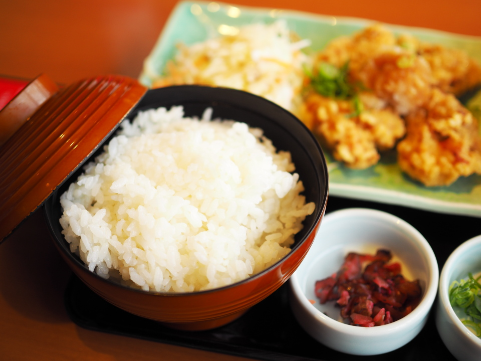 和食さとの日替り定食のご飯は大盛り可能