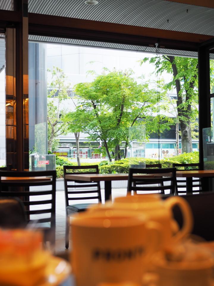 PRONT・OBP店は大阪城公園駅からも近く、松下IMPビルの向い