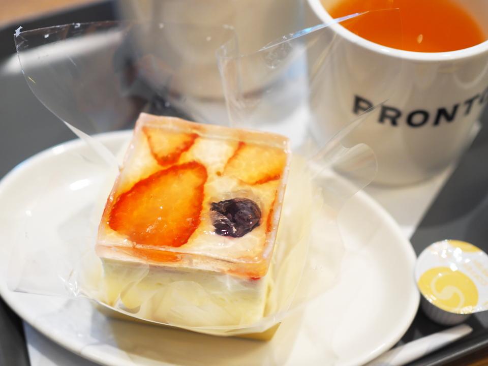 プロントのベリージェリーレアチーズ