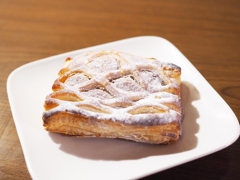 小麦の郷のバナナケーキパイ