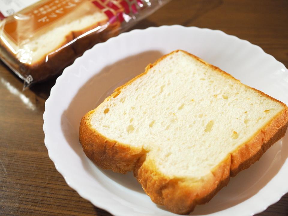 小麦の郷・ライフ玉造店のホテルブレッドは1CWの小麦粉使用