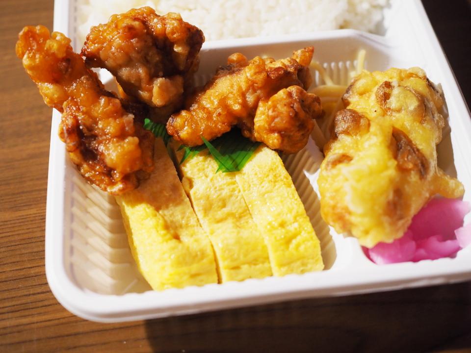 大阪・兵庫にあるお弁当物語では仕出弁当やオードブルの注文に対応