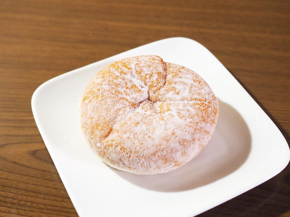 小麦の郷の十勝産あずきのあんドーナツは98円均一