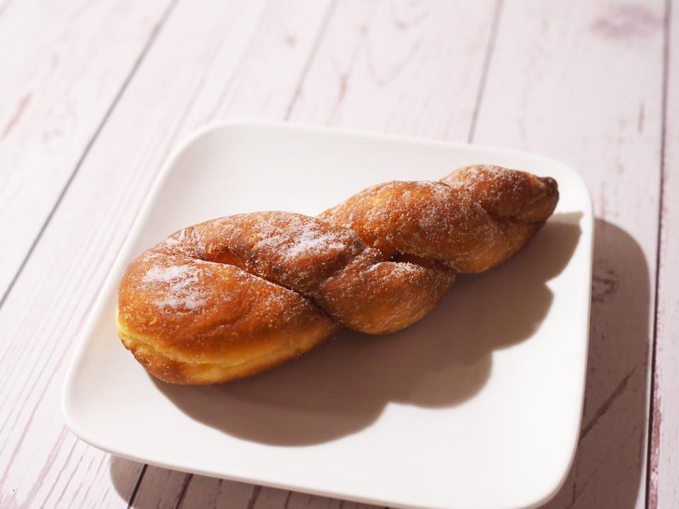 大阪堺市のパン屋・泉北堂のツイストドーナツの値段